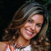 Emília Costa